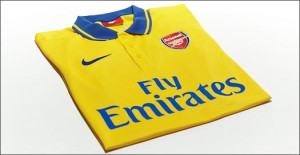 Arsenal_Away_13_14_IMG9