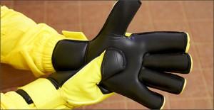 Nike_Gk_Gunn_Cut_Play_Test_Yellow_IMG5