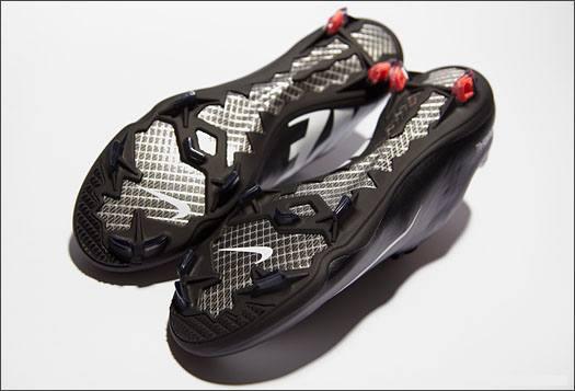 Nike_MercurialIX_Black_Leather_IMG12