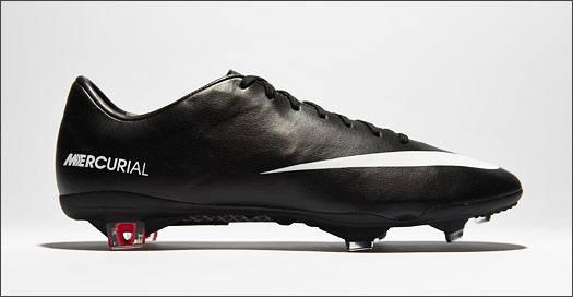 Nike_MercurialIX_Black_Leather_IMG2