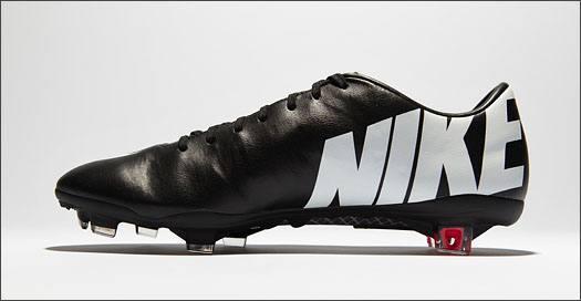 Nike_MercurialIX_Black_Leather_IMG3