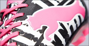 PowerCat-Graphic-Blk-Pink-Wht-Img9