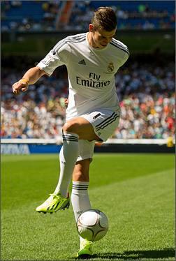 Bale_f50_Madrid_Unveiling_IMG34