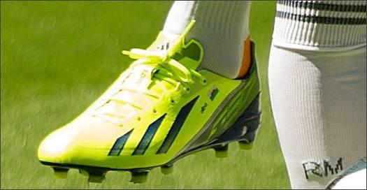Bale_f50_Madrid_Unveiling_IMG5