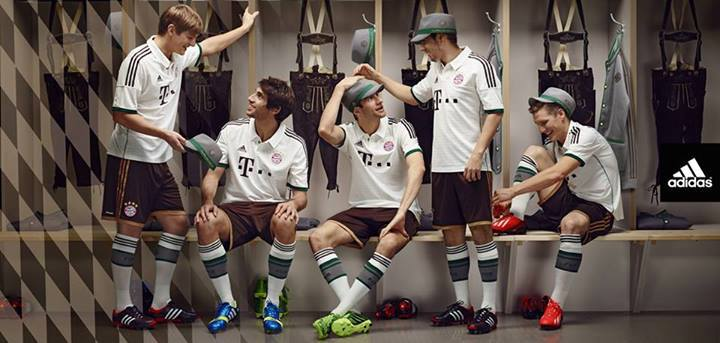 Bayern Away Kit