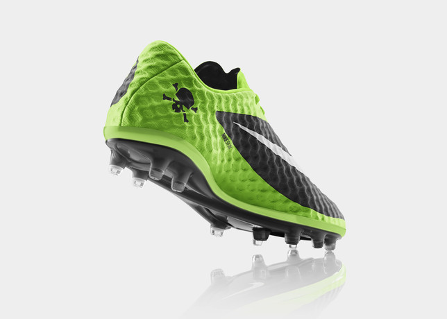 FA13_FB_IS_Hypervenom_HeelUp_C_V1_RGB_large