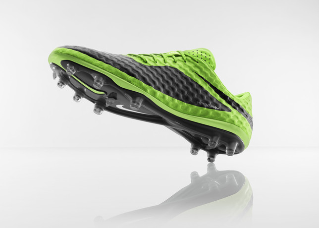 Fa13_FB_WE-CEE_IS_Hypervenom_Toeup_C_V1_RGB_large