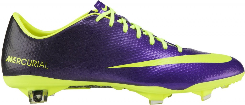 Nike-Mercurial-Vapor-Hi-Vis-Boot-1