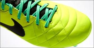 Nike-Tiempo-Legend-IV-Volt-Green-IMG4