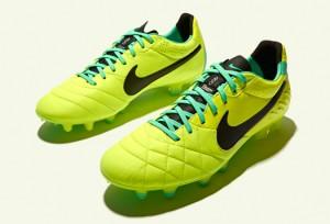 Nike-Tiempo-Legend-IV-Volt-Green-IMG8