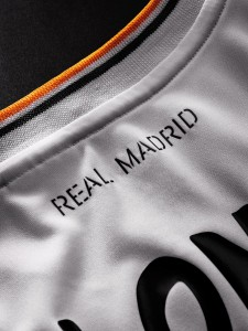 Real Madrid 13 14 Home Kit Detailed 3