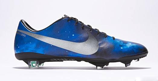 Nike-CR-Galaxy-Img12