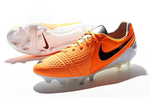 Nike_CTR_Maestri_III_Orange_Black_001