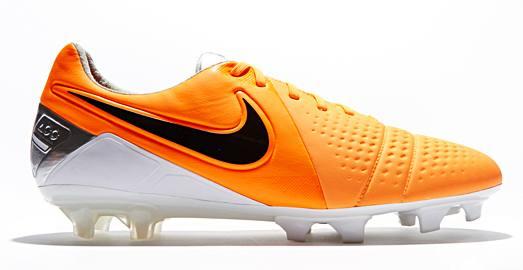 Nike_CTR_Maestri_III_Orange_Black_002