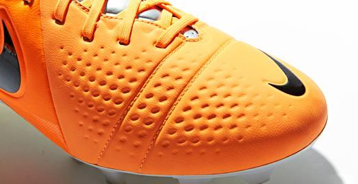 Nike_CTR_Maestri_III_Orange_Black_004