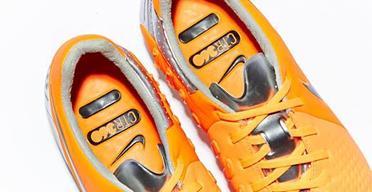 Nike_CTR_Maestri_III_Orange_Black_009a