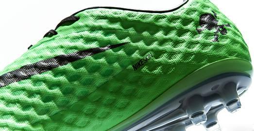 Nike_HyperVenom_NeoLime_Black_005