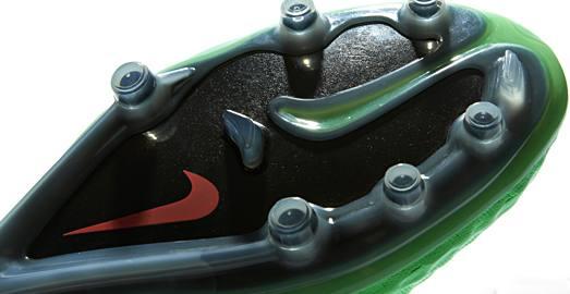 Nike_HyperVenom_NeoLime_Black_007
