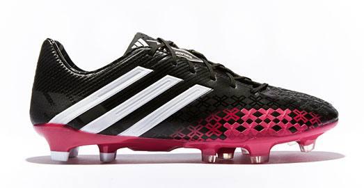 adidas_predator_black_berry_img2