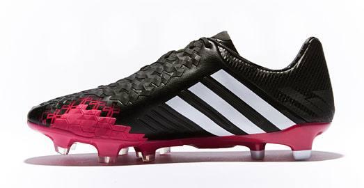 adidas_predator_black_berry_img3
