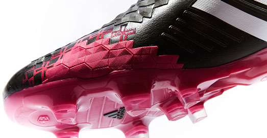 adidas_predator_black_berry_img6