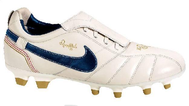 kickster_ru_Nike-Tiempo-Ronaldinho-10R1