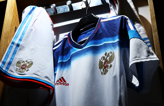 adidas_russia_away_WC_2014_001