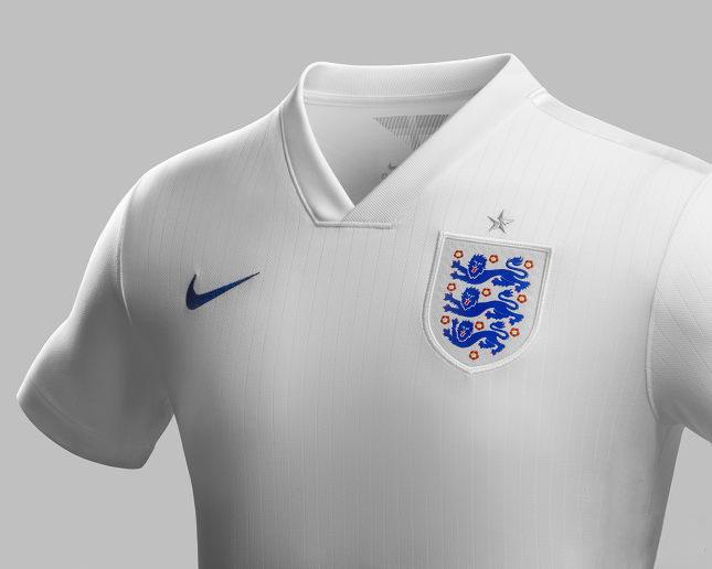england-world-cup-home-shirt-2014-collar
