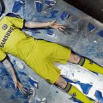 Выездной комплект формы Chelsea 2014/15.