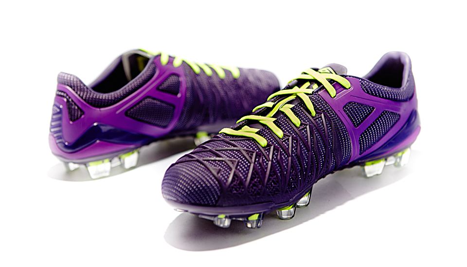 umbro_ux1_reveal_closer_look_img1