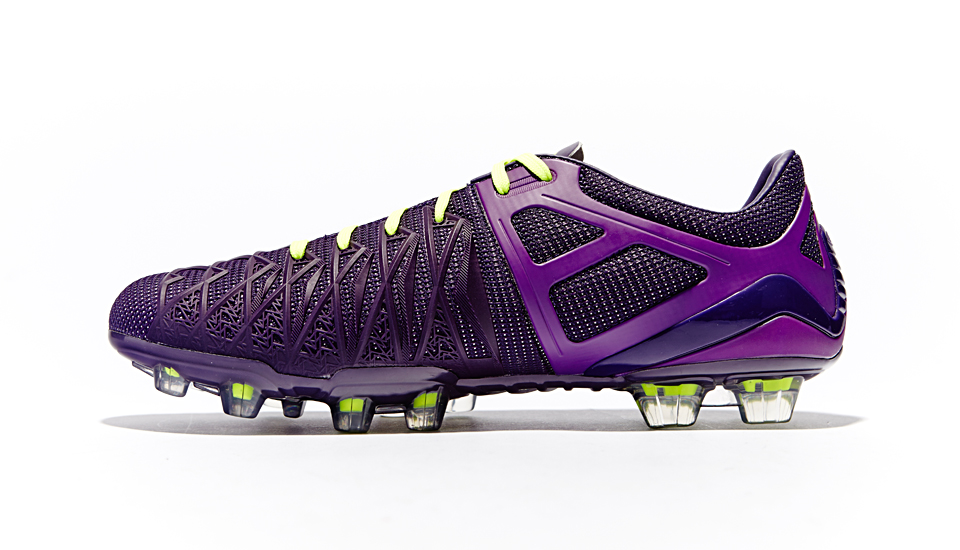umbro_ux1_reveal_closer_look_img3