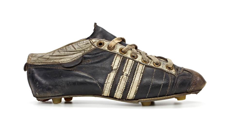 adidas_world_cup_boot_archive_img1
