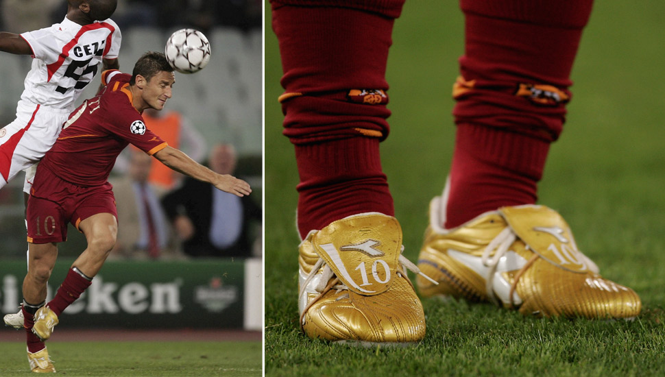 players_wearing_gold_boots_img5
