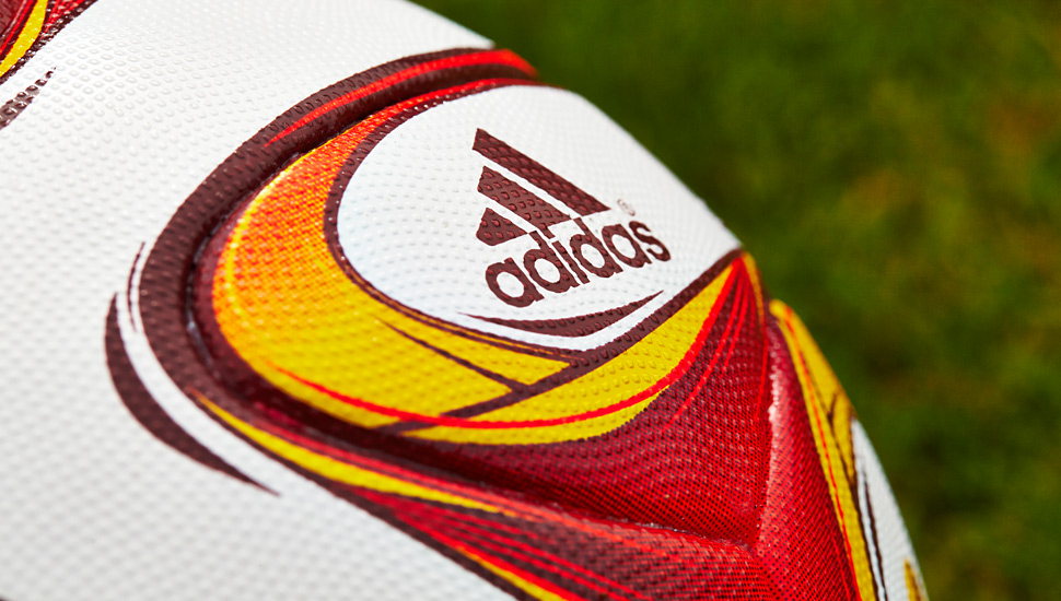 europa_league_adidas_ball_14_15_img3