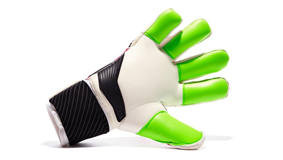 kickster_ru_adidas_predator_goalkeeper_gloves_03