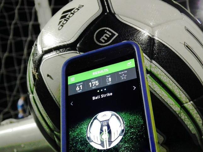 kickster_ru_adidas_micoach_smartball_03