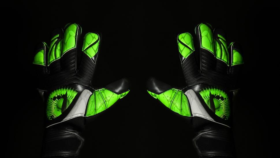 kickster_ru_adidas_predator_zones_beast_03