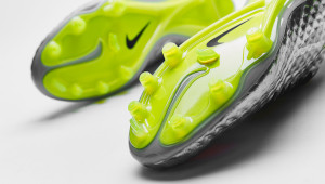 nike-hypervenom-liquid-diamond-img10