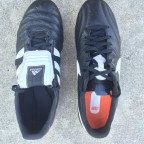 Nike Premier против Adidas Gloro