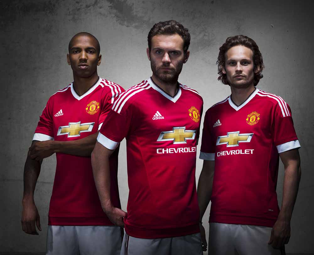 Man-Utd-Kit-2015-2016-adidas-141