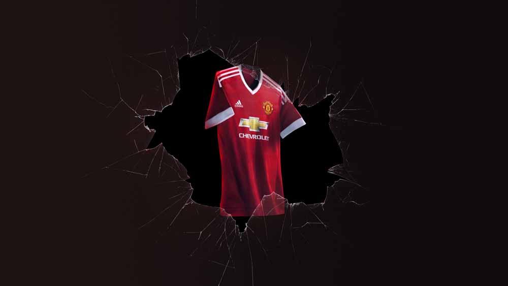 Man-Utd-Kit-2015-2016-adidas-24