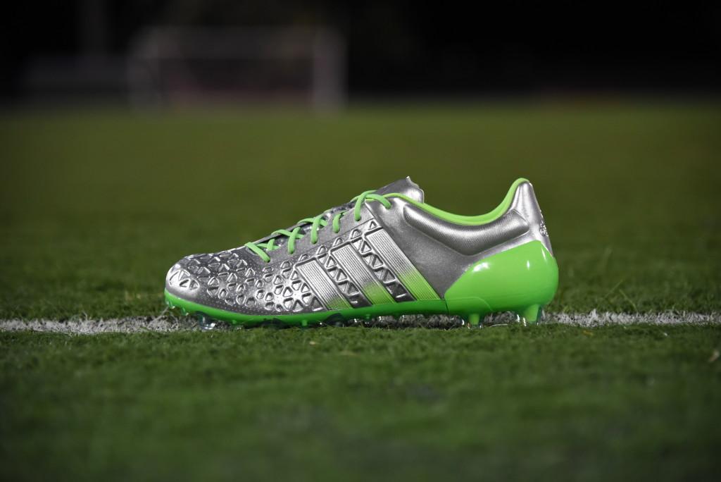 kickster_ru_adidas_eskolaite_pack_003
