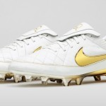 Трибьют бутс Роналдиньо Nike Tiempo Touch of Gold