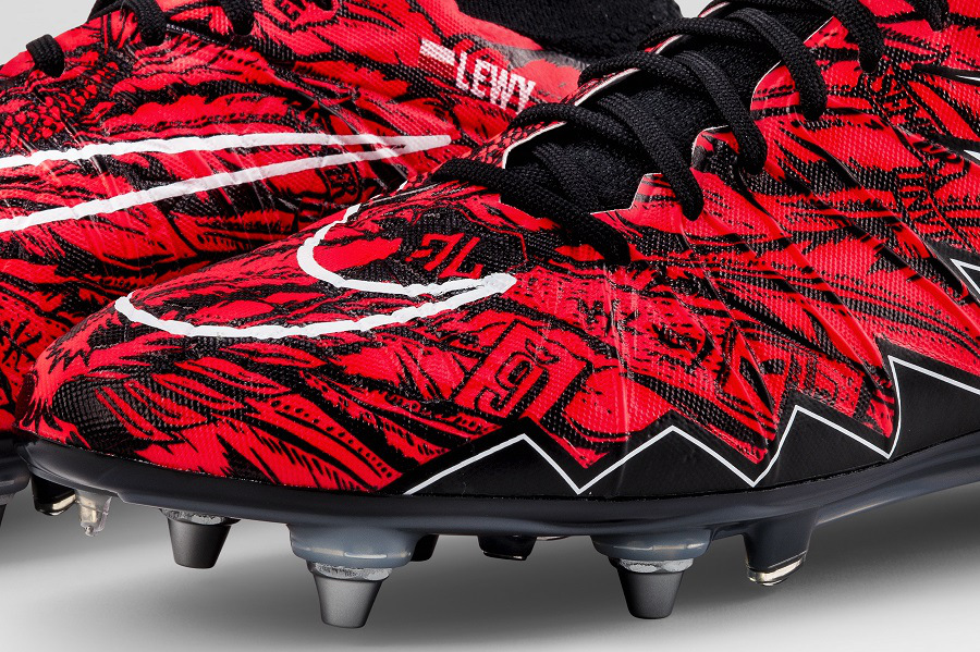 kickster_ru_Up-Close-with-Lewandowski-Hypervenom