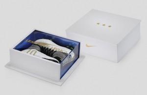 kickster_ru_Nike-Superfly-Carli-Lloyd-Presentation-Case