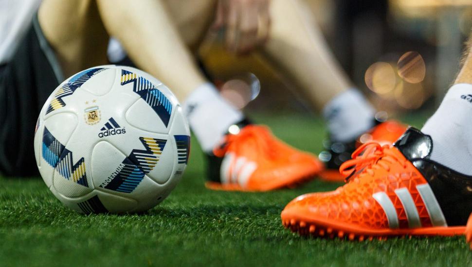 kickster_ru_adidas-argentum-1