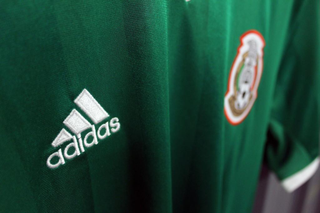 kickster_ru_adidas_mexico_home_2016_04