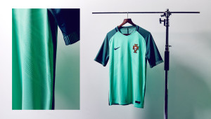 kickster_ru_nike-international-shirts-portugal-away