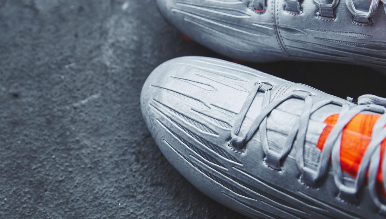 Эти бутсы в точности повторяют по технологиям модели из серии PURECHAOS,  только имеют наружную шнуровку. ba1e8ac771c