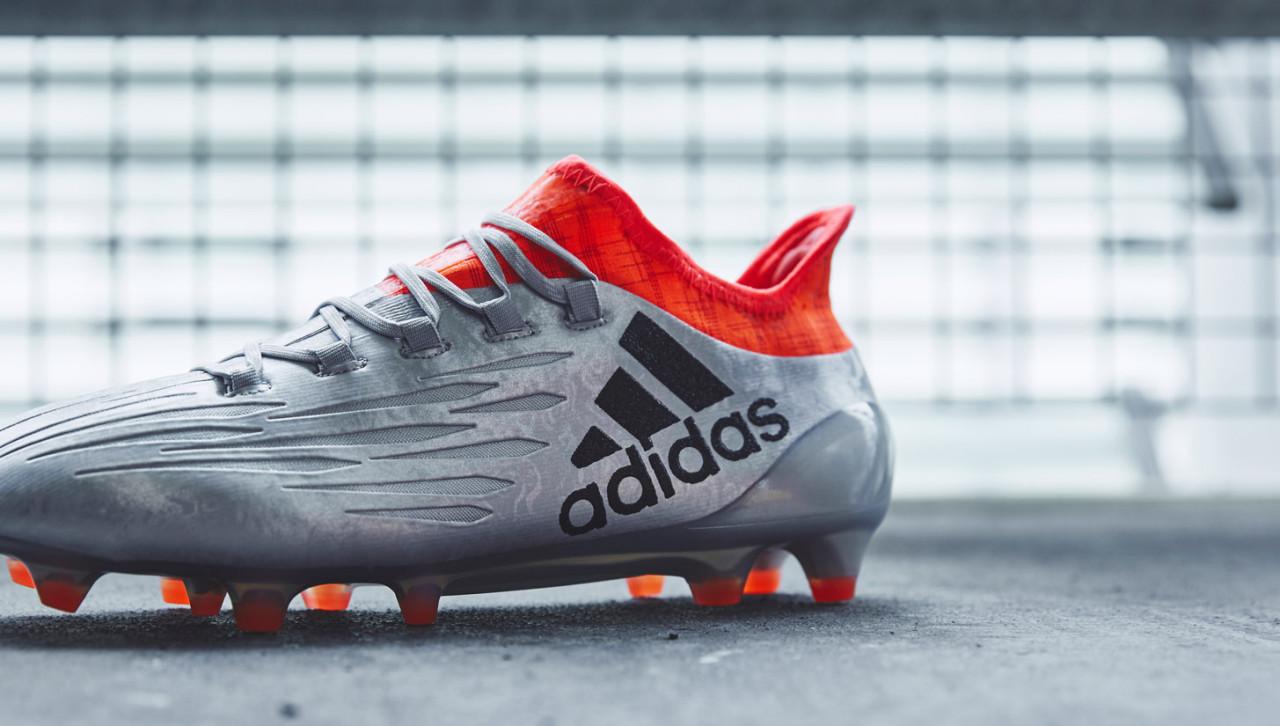 ... футбольных турнирах этого года  Евро 2016 и Кубке Америки. Adidas  серьезно подготовился к лету выпуская настолько разные по дизайну и цвету  бутсы. 3accb768bdb